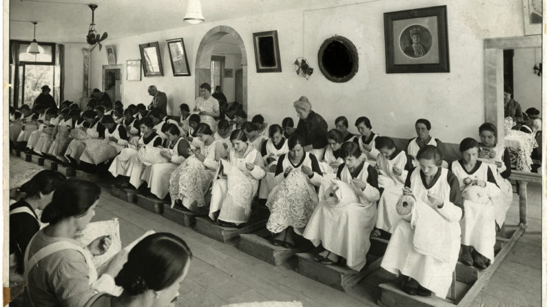 The Lace School.