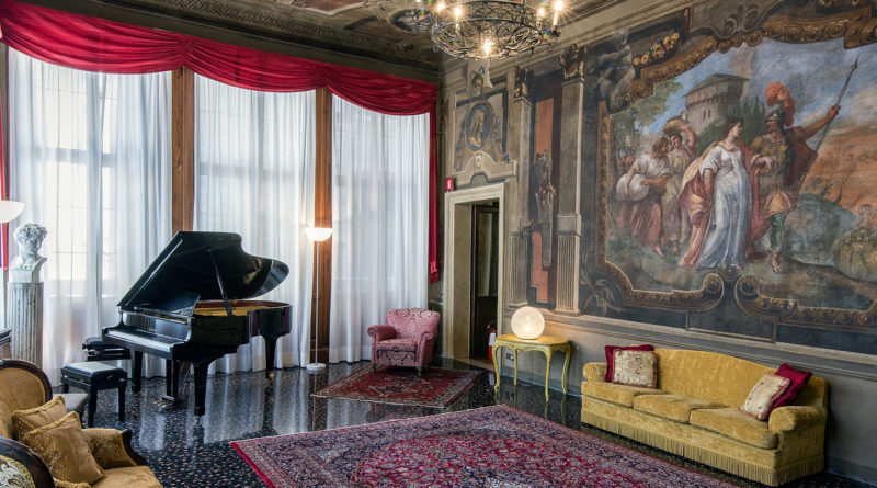 VENETIAN MUSICAL SALON